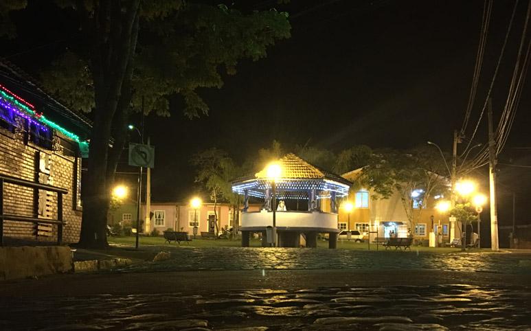 Lumiar-e-São-Pedro-da-Serra-por-que-ir-praça-de-São-Pedro-da-Serra-nova-friburgo-rio-de-janeiro-brasil-região-serrana