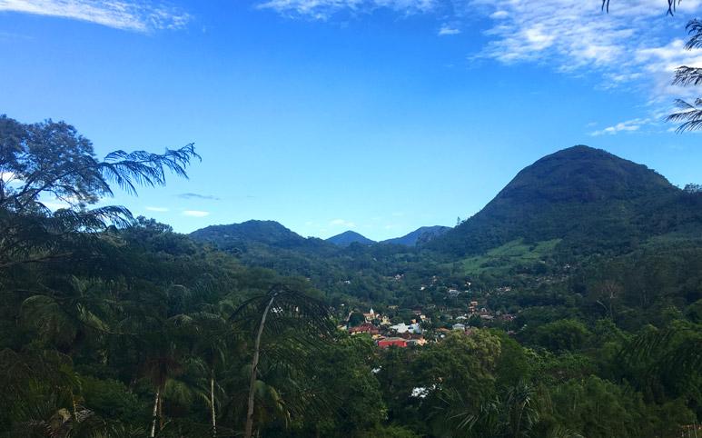 Lumiar-e-São-Pedro-da-Serra-por-que-ir-vista-de-sao-pedro-da-serra-nova-friburgo-rio-de-janeiro-brasil-regiao-serrana-toda-paz-do-universo