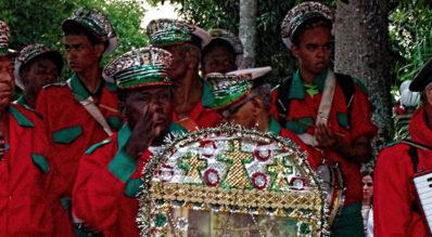 Sábado é dia Folia de Reis em São Pedro da Serra